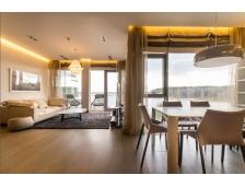 Квартира с видом на озеро. Недвижимость в Латвии.